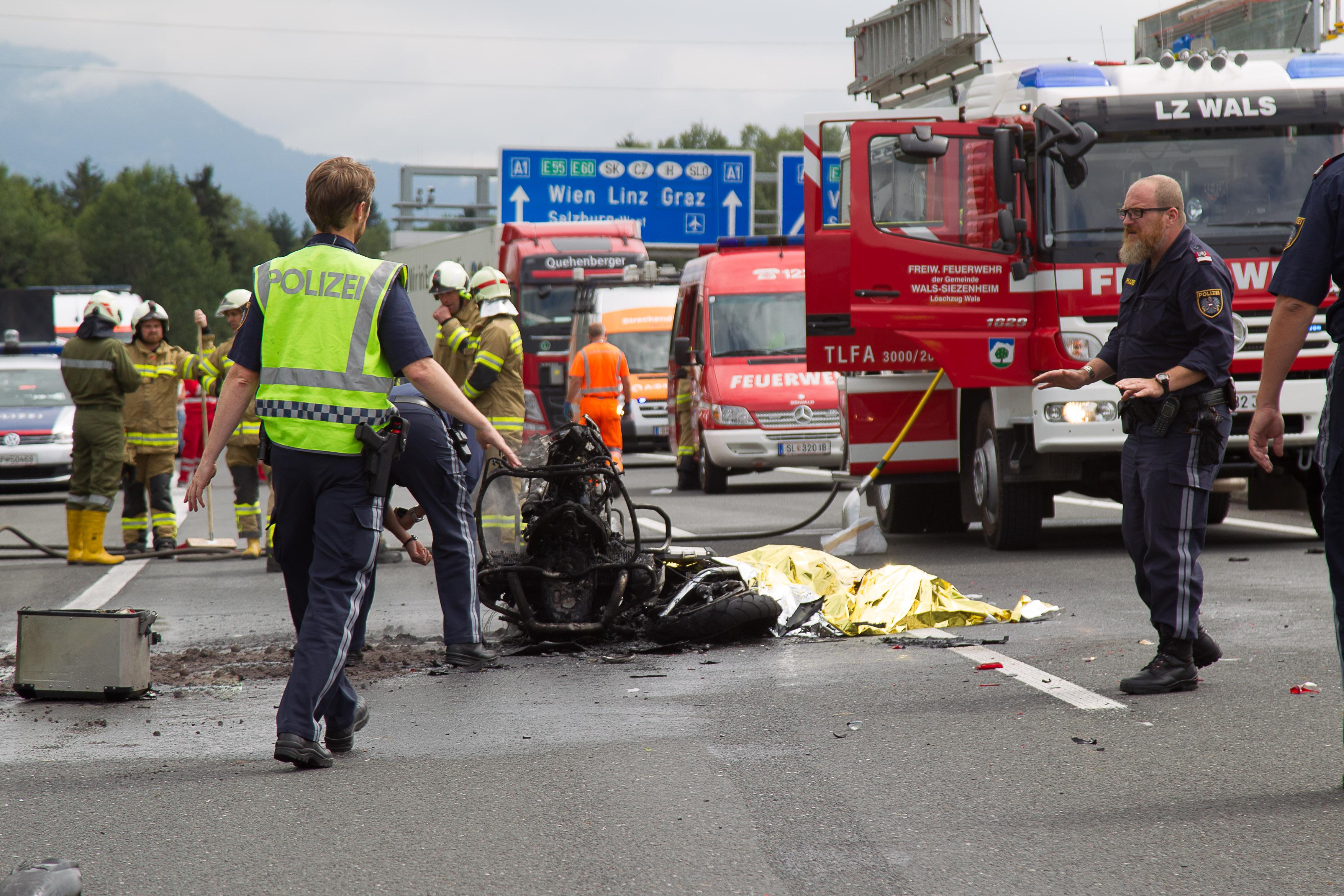 tödliche motorradunfälle videos 2017
