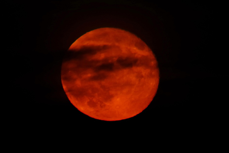 Warum Mond Rot